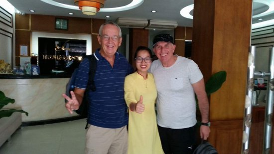 Tu Linh Legend Hotel: This is Tam saying goodbye.