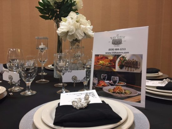 Fletcher, Carolina del Norte: Let us host your special events in our private ballroom