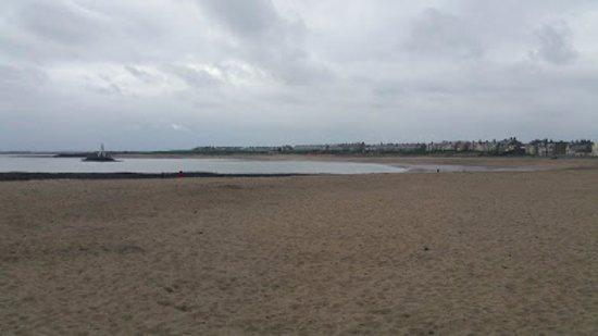 Newbiggin-by-the-Sea, UK: Newbiggin beach close to Church Point