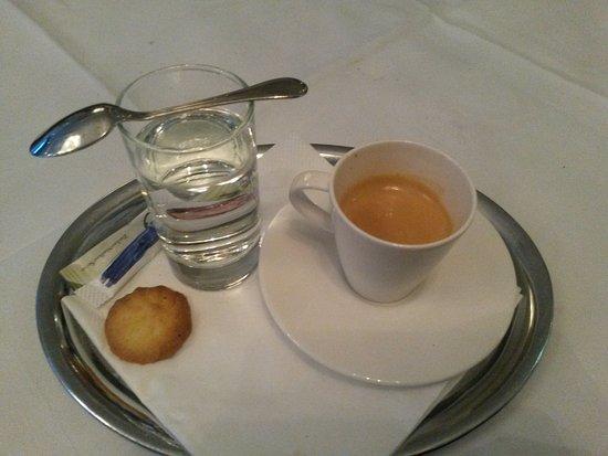 Café - Restaurant - Pizzeria Einkehr / Hotel Edelweiss: Espresso