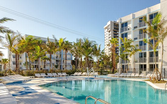 Plunge Beach Hotel