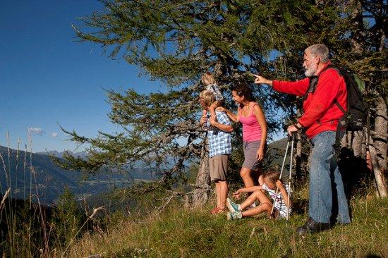 Rennweg, Austria: Wanderung mit der Familie