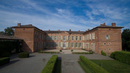Cour d'honneur de Merville
