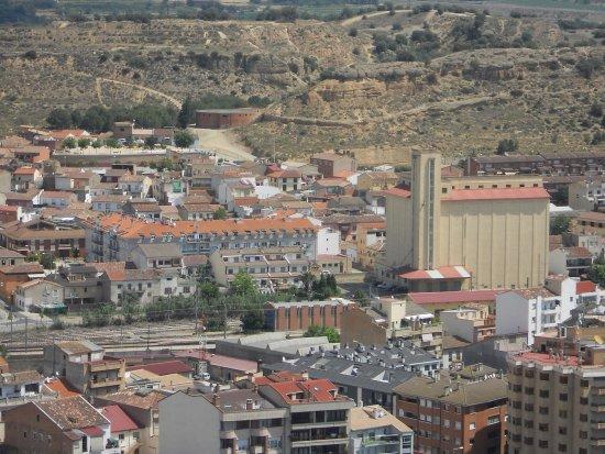 Castillo de Monzón: Vue sur la ville