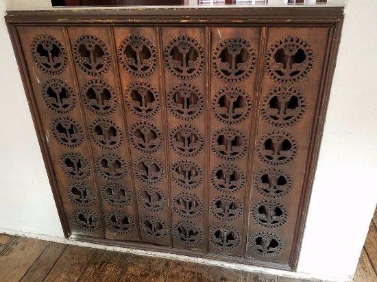 Cedar Rapids, IA: Grant Wood designed this metal radiator cover for his studio