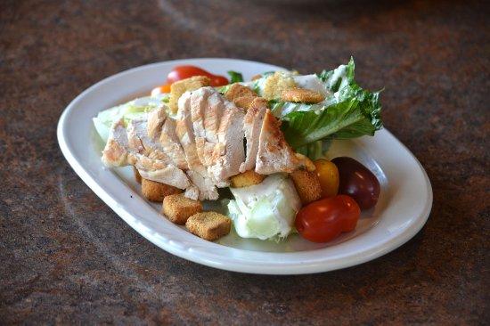 Egg Harbor, WI: Ceasar salad with chicken.