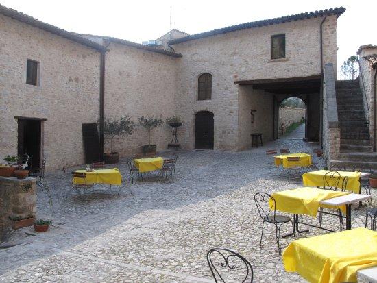 Sant'Anatolia di Narco, Italy: quì abita la Pace ...