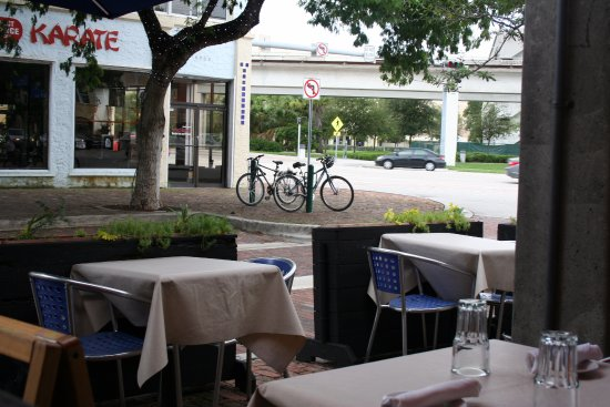 South Miami, FL: Outdoor seating, the famous view of US1
