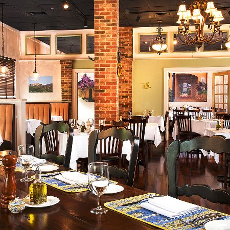 Brasserie Provence Warm Inviting Dining Room Chefs Table Style Bar
