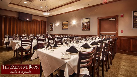 Colleyville, Teksas: The Executive Room (Seats 40-60 people)