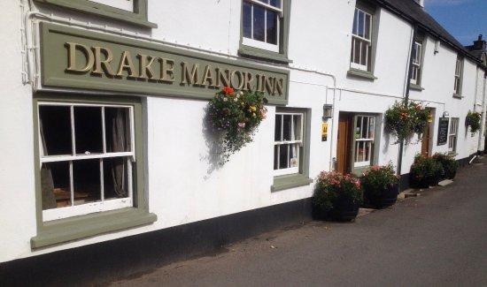 The Drake Manor Inn