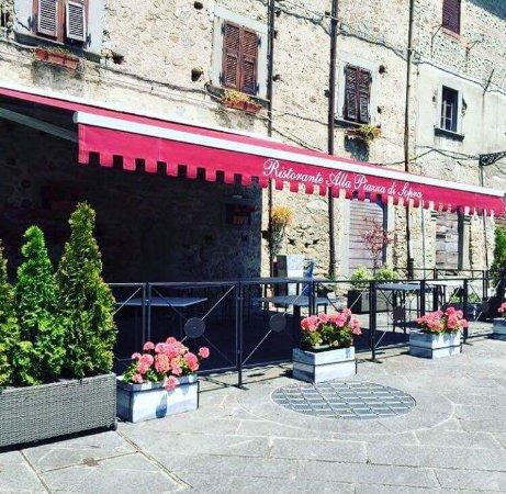 Villafranca in Lunigiana, Italien: Dehor