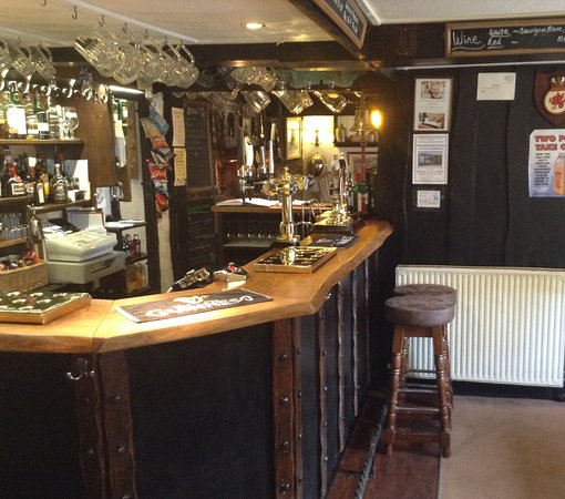 Buckland Monachorum, UK: Main Bar area