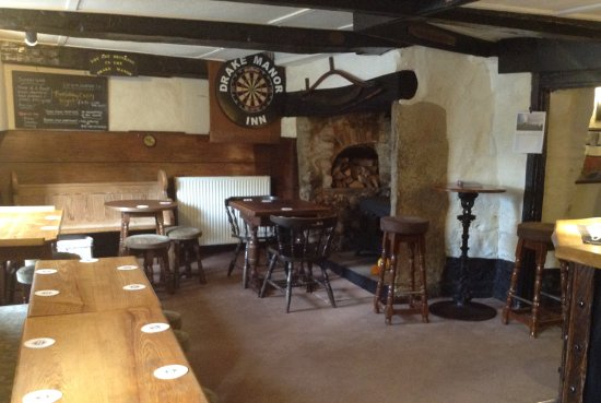 Buckland Monachorum, UK: Main Bar