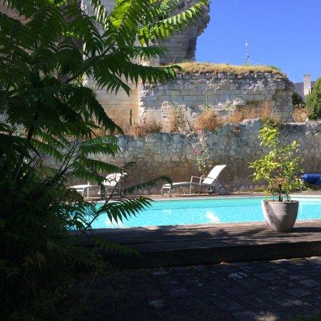 Crissay-sur-Manse, France: piscine chambres d'hôtes