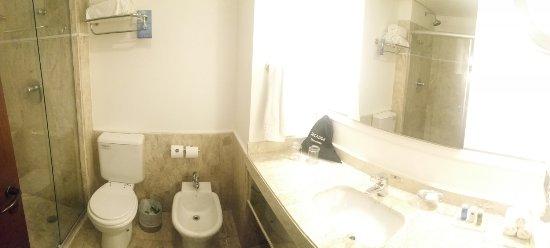 Radisson Alphaville : Bathroom