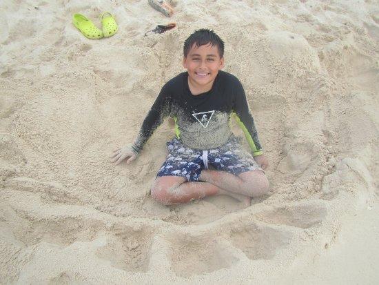 Allegro Cozumel: Jugando en la playa del Allegro, está muy limpia