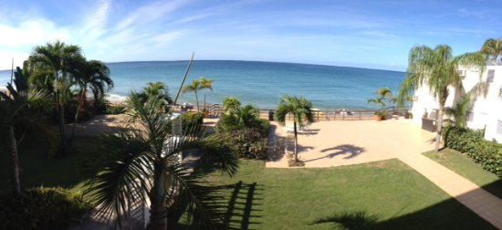Villa Cofresi Hotel: Panoramic view from our room.