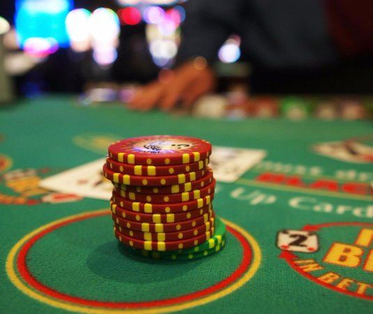 Casino gambling in erie foxwood casino restaurants tom colicchio