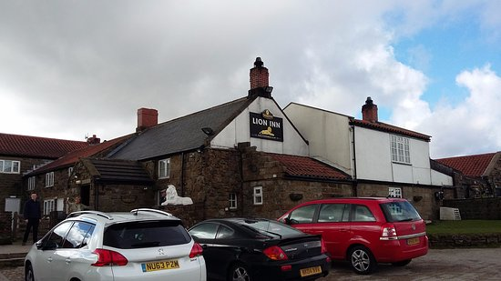 The Lion Inn: out side shot