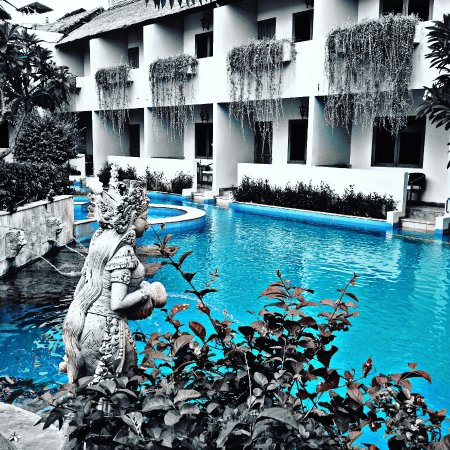 Kuta Lagoon Resort & Pool Villa: IMG_20170114_130430_099_large.jpg