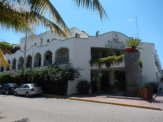 Hacienda Paradise Boutique Hotel by Xperience Hotels: Streetview