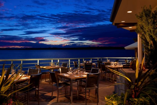 Kirkland, WA: Our patio offers amazing sunset views.