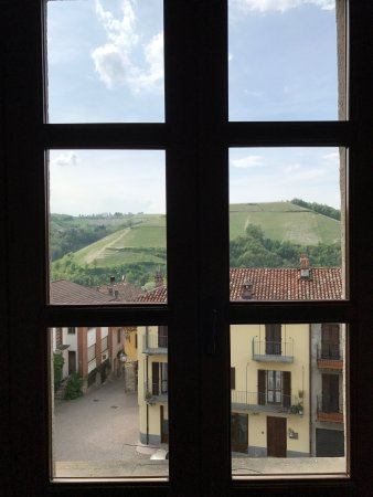 Sinio, Italy: View from our corridor