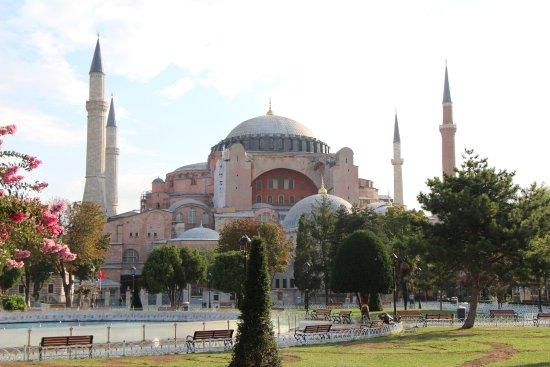 Istanbul - Gabriel Lothe - Picture of Sultanahmet District ...