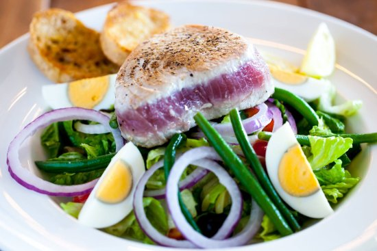 Owings Mills, MD: Niçoise Salad