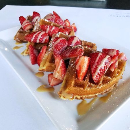 Owings Mills, MD: Strawberry 'N Salted Caramel Waffles