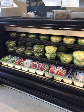 Great Neck, NY: Great salads