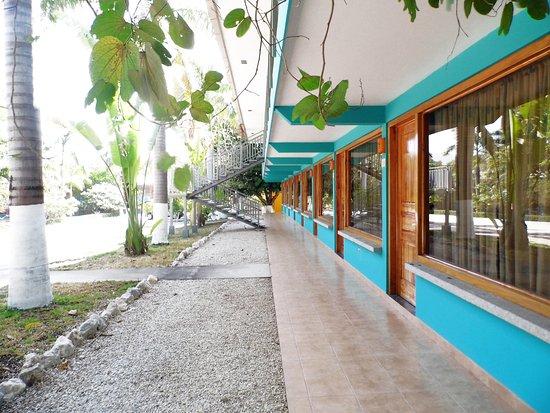 Nicoya, Kosta Rika: Vista de nuestro edificio de habitaciones pequeñas