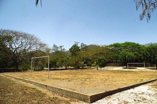 Nicoya, Costa Rica: Nuestra área para jugar a fútbol