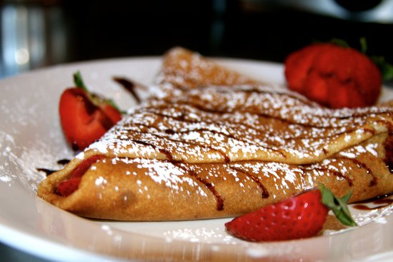 Edwards, CO: Serving sweet and savory crepes!