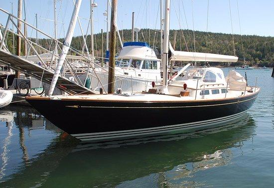 Northeast Harbor, ME: Inglesea - Morris M36 Daysailer