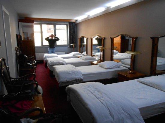 Sky apart hotel bruxelles belgique voir les tarifs for Appart hotel 31
