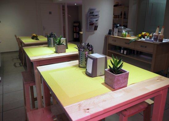 chaima thai take away z rich restaurantanmeldelser tripadvisor. Black Bedroom Furniture Sets. Home Design Ideas