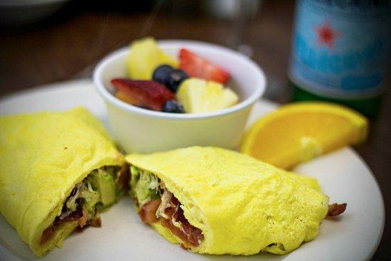 Exton, Πενσυλβάνια: Avocado Omelet