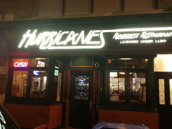 Hurricanes Roadhouse Restaurant Night Time Yes We Are Open Until 2am Every Day