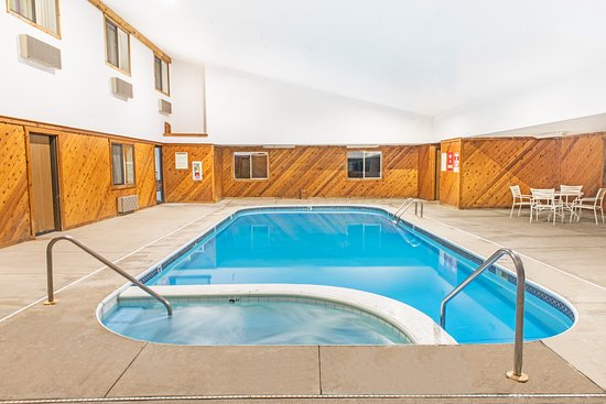 Richfield, OH: Pool and Hot Tub