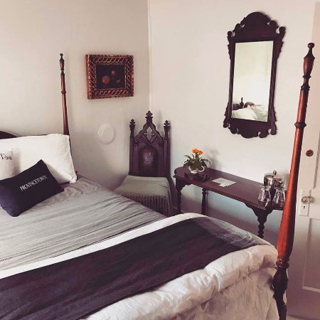 Gaslamp Bed And Breakfast Provincetown
