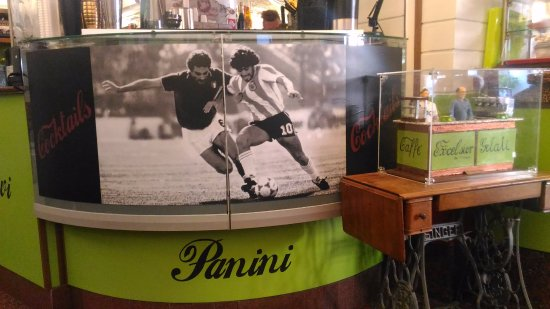 Bar Excelsior: Piacevoli ricordi del mundial '82.