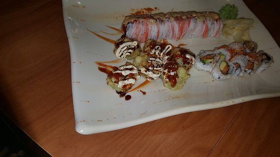 Сайпресс, Техас: China Inn cafe Chinese Food & Sushi delicious and fresh,  and dine room so comfort and service p