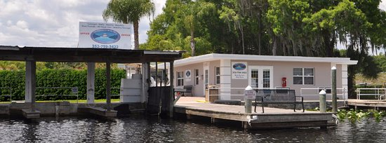 Astor, FL: View of Castaways on the River