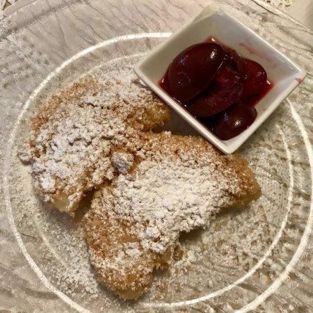 Krems an der Donau, Østrig: Powidltascherl (traditional Austrian dessert)