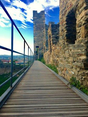 Ponferrada, Hiszpania: photo0.jpg