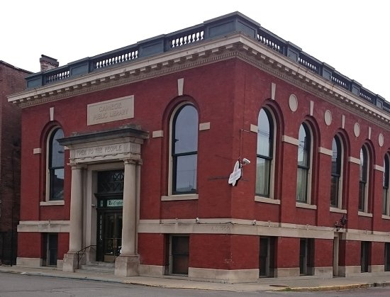 Bradford, PA: Beefeaters at the Historic Carnegie Library