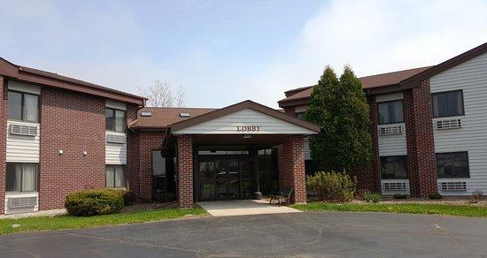 Saukville, WI: Entrance
