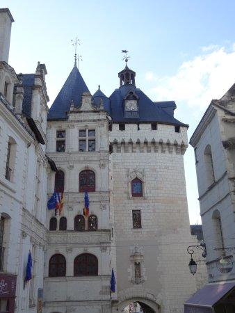 Loches, فرنسا: Hôtel de ville, porte Picois